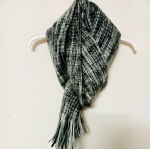 H&M Grey Plaid Wool Winter Scarf